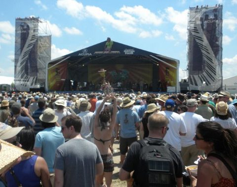 Dumpstaphunk crowd shot @ Acura Stage, Jazz Fest 2010