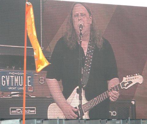 Warren Haynes @ The Acura Stage, Jazz Fest 2010