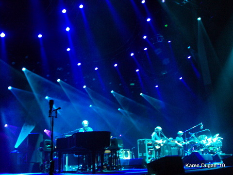 Unreal.  Beautiful lights by Chris Kuroda!