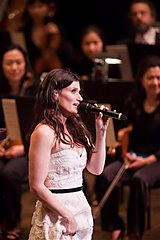 Idina Menzel's New York Philharmonic Debut w/ Marvin Hamlisch @ Lincoln Center's Avery Fisher Hall (02.05.11) (6/6)