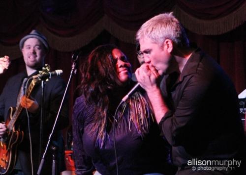 Taylor Hicks & Lenesha Randolph @ 2011 Bowlive