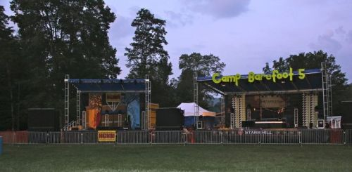The two main (quaint and perfect) stages @ 4am Thursday